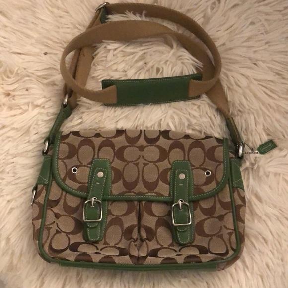 Coach Handbags - Coach signature crossbody purse/bag